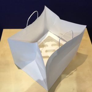 12 Cupcake White Paper Carrier Bags